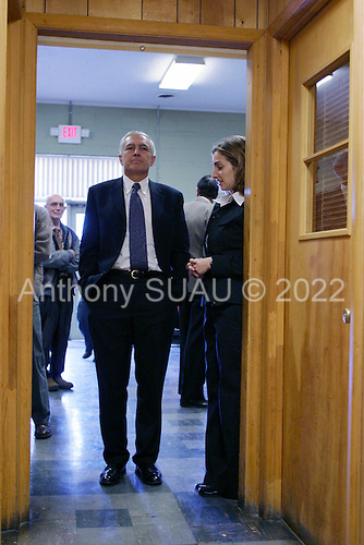 Rock Hill, South Carolina.USA.January 29, 2004..General Wesley Clark prepares to speak to a crowd at UNITE union hall.