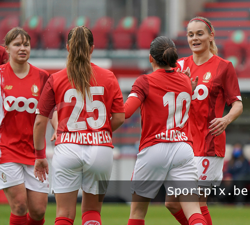 Standard's Sylke Calleeuw (9) congratulates Standard's Noemie Gelders (10) for her goal during a female soccer game between Standard Femina de Liege and KRC Genk Ladies  on the third matchday of the 2020 - 2021 season of Belgian Womens Super League , Saturday 3 rd of October 2020  in Liege , Belgium . PHOTO SPORTPIX.BE | SPP | SEVIL OKTEM