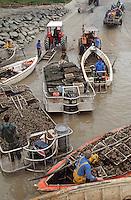 Europe/France/Pays de la Loire/85/Vendée/Epoids: Ostréiculteurs, retour au port