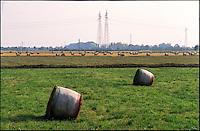 Parco Agricolo Sud Milano presso Gaggiano. Balle di fieno --- Rural Park South Milan near Gaggiano. Hay bales