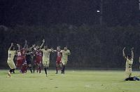 RIONEGRO - COLOMBIA, 09-02-2021: Jugadores de Águilas celebran después de anotar el primer gol durante partido por la fecha 5 entre Águilas Doradas Rionegro y Deportivo Pasto como parte de la Liga BetPlay DIMAYOR I 2020 jugado en el estadio Alberto Grisales de la ciudad de Rionegro. / Players of Aguilas celebrate after scoring the first goal during Match for the date 5 between Aguilas Doradas Rionegro and Deportivo Pasto as part BetPlay DIMAYOR League I 2020 played at Alberto Grisales stadium in Rionegro city. Photo: VizzorImage / Juan Augusto Cardona / Cont