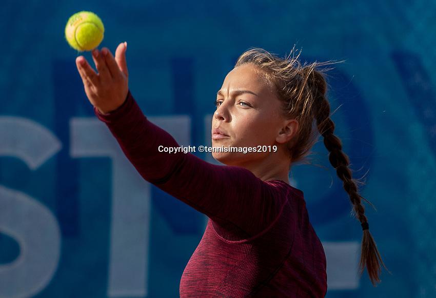 Zandvoort, Netherlands, 8 June, 2019, Tennis, Play-Offs Competition, Womans doubles: Sem Wensveen (NED) <br /> Photo: <br /> Henk Koster/tennisimages.com