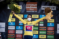 Daniel Felipe Martínez (COL/EF Education First) surprisingly wins the 2020 Dauphiné as GC leader Primoz Roglic only withdrew just before the start of the last stage AND Martinez was able to gain a good chunck of time on then-new-GC-leader Thibaut Pinot in that stage. But a non less deserved win nontheless!<br /> <br /> Stage 5: Megève to Megève (154km)<br /> 72st Critérium du Dauphiné 2020 (2.UWT)<br /> <br /> ©kramon