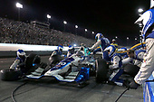 Verizon IndyCar Series<br /> Bommarito Automotive Group 500<br /> Gateway Motorsports Park, Madison, IL USA<br /> Saturday 26 August 2017<br /> Tony Kanaan, Chip Ganassi Racing Teams Honda Pit stop<br /> World Copyright: Perry Nelson<br /> LAT Images