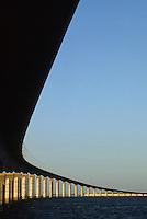 Europe/France/Poitou-Charentes/17/Charente-Maritime/Ile de Ré : Le pont