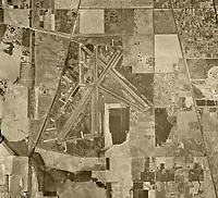 historical aerial photograph of Sacramento Executive airport (SAC), Sacramento, California, 1947