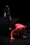 LA BELLE HUMEUR<br /> <br /> Chorégraphie Magali Milian, Romuald Luydlin<br /> Assistante Laurie Bellanca<br /> Avec Alice Bachy, Romuald Luydlin, Magali Milian, Camilo Sarasa Molina, Anna Vanneau Scénographie Magali Milian, Romuald Luydlin, Denis Rateau, Antoine Desnos<br /> Musique Jean-François Laporte<br /> Oreille extérieure Marc Sens<br /> Costumes Lucie Patarozzi<br /> Lumière Denis Rateau<br /> Régie son Valérie Leroux<br /> Dramaturgie Marie Reverdy<br /> Compagnie : La Zampa<br /> Cadre : Festival Uzès Danse 2021<br /> Lieu : Salle de l'Ombrière<br /> Ville : Uzès<br /> Date : 11/06/2021