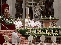 Papa Francesco celebra una messa in occasione della Festa della Presentazione del Signore nella Basilica di San Pietro in Vaticano, 2 Febbraio 2018.<br /> Pope Francis celebrates a holy mass to mark the Feast of the Presentation of the Lord. in St Peter's Basilica at the Vatican on February 2, 2018.<br /> UPDATE IMAGES PRESS/Isabella Bonotto<br /> <br /> STRICTLY ONLY FOR EDITORIAL USE