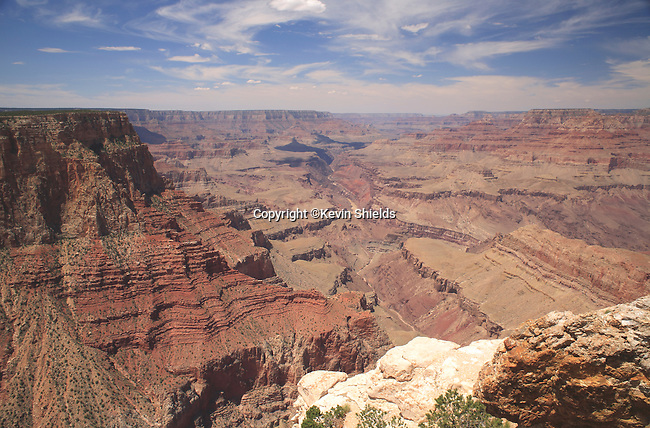 View from the South Rim of the Grand Canyon at Lipan Point, Grand Canyon National Park, Arizona, USA
