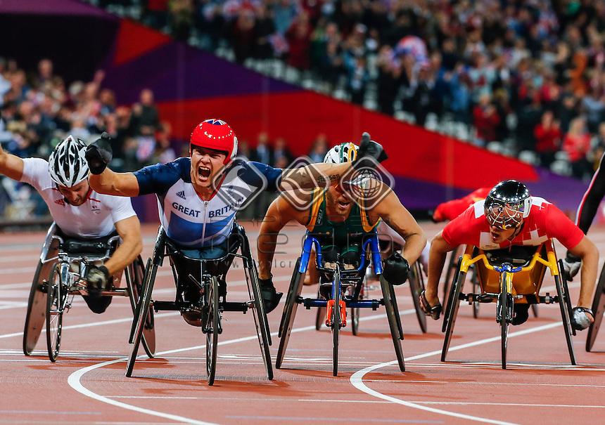 Kurt Fearnley (AUS), Men's 400m - T53, Athletics (Day 04 Sun 2 Sep) - Olympic Stadium, Paralympics - Summer / London 2012, London, England 29 Aug - 9 Sept , © Sport the library/Greg Smith