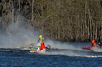 Frame 8: Serena Durr 96-F, Erin Pittman 6-H crash. (Outboard Hydroplanes)