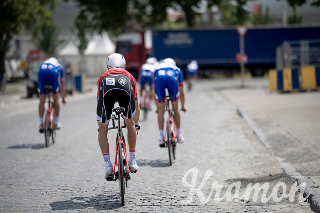 Team Groupama-FDJ returning to the start over rough terrain through Brussels after the morning course reconnaissance <br /> <br /> Stage 2 (TTT): Brussels to Brussels(BEL/28km) <br /> 106th Tour de France 2019 (2.UWT)<br /> <br /> ©kramon