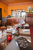 Europe/France/Rhône-Alpes/73/Savoie/Chambéry:  Restaurant: Le Bistrot, 6 rue du Théâtre.
