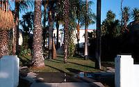 San Diego: Bungalow Court, 4th Avenue. Photo '85.