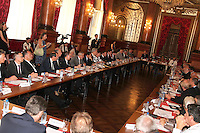 Reunion avec les acteurs economiques de la ville de Nice et de la rÈgion PACA apres l'attentat de Nice.
