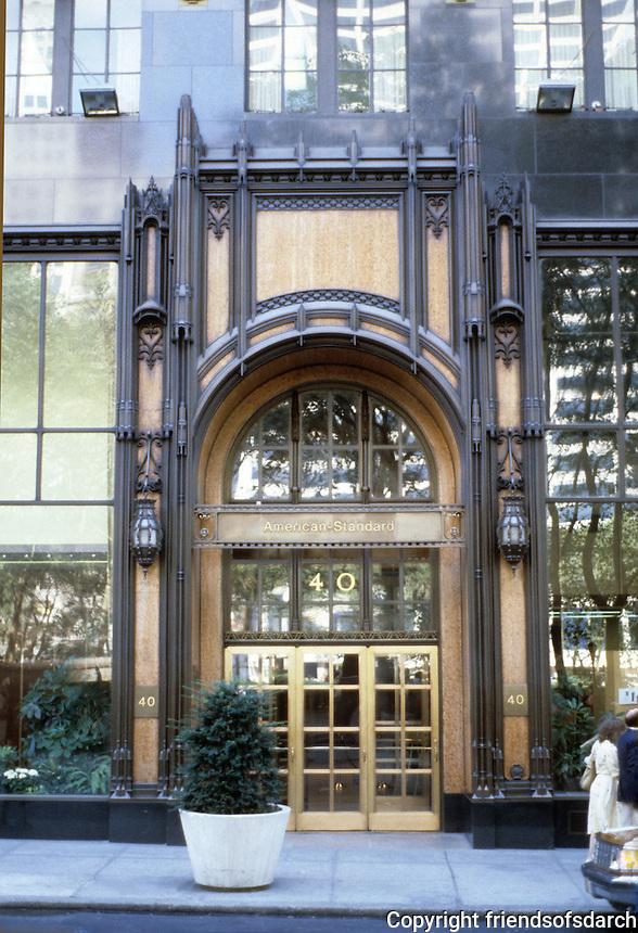 New York:  American Radiator Building, 1924. Raymond Hood. Entrance. Photo '91.