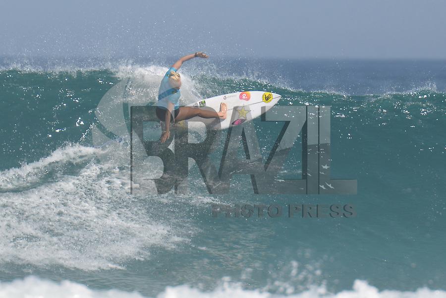 SAQUAREMA, RJ, 16.05.2018 - WSL-RJ - Tatiana Weston-Webb, no Oi Rio Pro etapa da WSL na Praia de Itaúna, Saquarema, Rio de Janeiro nesta quarta-feira, 16. (Foto: Clever Felix/Brazil Photo Press)