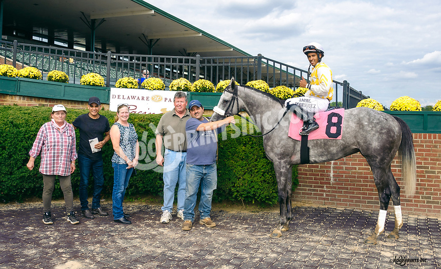 Baci winning at Delaware Park on 10/7/21