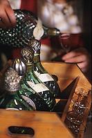 Europe/Autriche/Tyrol/Fritzens: Distillerie de schnaps Rochelt