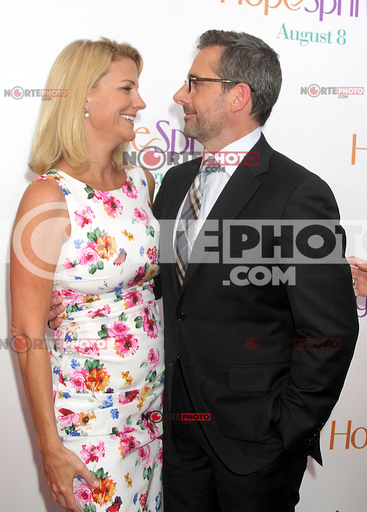 NEW YORK, NY - AUGUST 6, 2012: Nancy Carell and Steve Carell at the 'Hope Springs' premiere at the SVA Theater on August 6, 2012 in New York City. ©RW/MediaPunch Inc. /NortePhoto.com<br /> <br /> **CREDITO*OBLIGATORIO** *No*Venta*A*Terceros*<br /> *No*Sale*So*third* ***No*Se*Permite*Hacer Archivo***No*Sale*So*third*