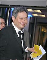 Ang Lee ‡ l'entrÈe des artistes - Festival de Cannes 2009