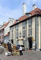 Andenkenverkauf vor St. Peter in Riga, Lettland, Europa, Unesco-Weltkulturerbe