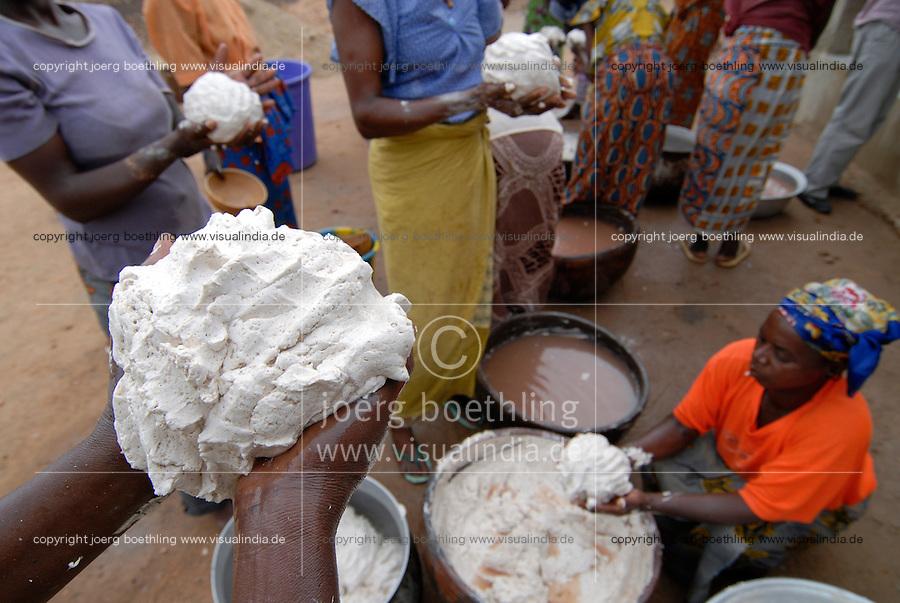 BURKINA FASO, Pó ,Projekt Frauen Kooperative PAPBK zur Herstellung Shea Butter und Seife aus Nuss des Karite Baum - BURKINA FASO, Project women cooperative production shea butter from shea nut