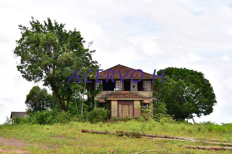 CONSTRUÇÕES ANTIGAS - TOMÉ-AÇU (5).jpg<br /> Tomé Açú, Pará, Brasil.<br /> Foto Ivi Tavares<br /> 2017