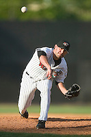 Winston-Salem's Fernando Hernandez delivers a pitch to the plate versus the Frederick Keys at Ernie Shore Field in Winston-Salem, NC, Thursday, June 15, 2006.  Hernandez picked up his 9th save of the season as Winston-Salem defeated Frederick 1-0 in game 1 of a double-header.