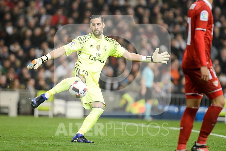Real Madrid's Kiko Casilla during Copa del Rey match between Real Madrid and Sevilla FC at Santiago Bernabeu Stadium in Madrid, Spain. January 04, 2017. (ALTERPHOTOS/BorjaB.Hojas)