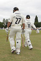 Ryan ten Doeschate of Essex walks out to bat after lunch after his dismissal was reversed - Essex CCC vs Gloucestershire CCC - LV County Championship Division Two Cricket at Castle Park, Colchester - 17/08/11 - MANDATORY CREDIT: Gavin Ellis/TGSPHOTO - Self billing applies where appropriate - Tel: 0845 094 6026