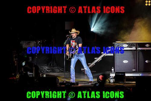 JASON ALDEAN, LIVE, 2012, <br /> PHOTOCREDIT:  IGOR VIDYASHEV/ATLASICONS