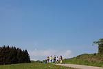 Europa, DEU, Deutschland, Baden Wuerttemberg, Odenwald, Neckar-Odenwald-Kreis, Neckargerach, Landschaft, Blauer Himmel, Wolken, Wanderer, Touristen, Kategorien und Themen, Natur, Umwelt, Landschaft, Jahreszeiten, Stimmungen, Landschaftsfotografie, Landschaften, Landschaftsphoto, Landschaftsphotographie, Tourismus, Touristik, Touristisch, Touristisches, Urlaub, Reisen, Reisen, Ferien, Urlaubsreise, Freizeit, Reise, Reiseziele, Ferienziele....[Fuer die Nutzung gelten die jeweils gueltigen Allgemeinen Liefer-und Geschaeftsbedingungen. Nutzung nur gegen Verwendungsmeldung und Nachweis. Download der AGB unter http://www.image-box.com oder werden auf Anfrage zugesendet. Freigabe ist vorher erforderlich. Jede Nutzung des Fotos ist honorarpflichtig gemaess derzeit gueltiger MFM Liste - Kontakt, Uwe Schmid-Fotografie, Duisburg, Tel. (+49).2065.677997, ..archiv@image-box.com, www.image-box.com]