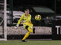 Goalkeeper Ambre Collet (1 Charleroi) does a goal kick during a female soccer game between Oud Heverlee Leuven and Sporting de Charleroi on the seventh matchday of the 2020 - 2021 season of Belgian Womens Super League , sunday 15 th of November 2020  in Heverlee , Belgium . PHOTO SPORTPIX.BE | SPP | SEVIL OKTEM