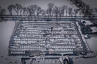 15/01/2021. Aranjuez, madrid. España<br /> <br /> 'Filomena' también ha golpeado con dureza a las zonas más rurales, cubriendo de nieve y hielo campos de cultivo, invernaderos y granjas de animales. El temporal, al igual que la pandemia, ha mostrado la urgencia de relocalizar la producción agrícola, fomentar la agricultura urbana y periurbana y crear centros logísticos que den soporte a la pequeña producción alimentaria y a las comunidades rurales. La alimentación es un sector estratégico para la supervivencia, por lo que es fundamental un cambio de modelo y una apuesta decidida por la agroecología.<br /> <br />   ©Pedro Armestre/Greenpeace