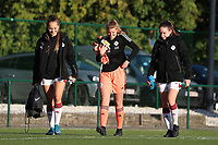 Left to right;  OHL's Janne Geers (14), OHL's goalkeeper Faye Lammertijn (22) and OHL's Noa Corbeels (16) walk onto the pitch before a female soccer game between Oud Heverlee Leuven and Eendracht Aalst Ladies  on the third matchday of the 2020 - 2021 season of Belgian Womens Super League , Sunday 4 th of October 2020  in Heverlee , Belgium . PHOTO SPORTPIX.BE | SPP | SEVIL OKTEM