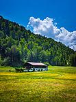 Deutschland, Bayern, Chiemgau, Reit im Winkl: alter Chiemgauer Bauernhof in Alleinlage | Germany, Upper Bavaria, Chiemgau, Reit im Winkl: old Chiemgau farmhouse