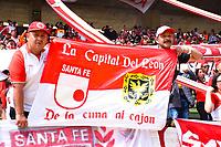 TUNJA - COLOMBIA, 16-02-2020:Hinchas del de Independiente Santa Fe ante Patriotas Boyacá  por la fecha 5 de la Liga BetPlay I 2020 jugado en el estadio La Independencia de la ciudad de Tunja. / Fans  of Independiente Santa Fe during  match agaisnt of  Patriotas Boyaca and Independiente Santa Fe for the date 5 as part of BetPlay League I 2020 played at La Independencia stadium in Tunja. Photo: VizzorImage / Edward Leguizamón / Cont /