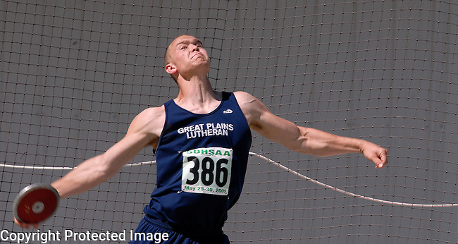 Inertia Photo/Dick Kettlewell:  Scott Geary of Great Plains Lutheran -- Discus