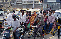 Indien, Strassenverkehr in Delhi
