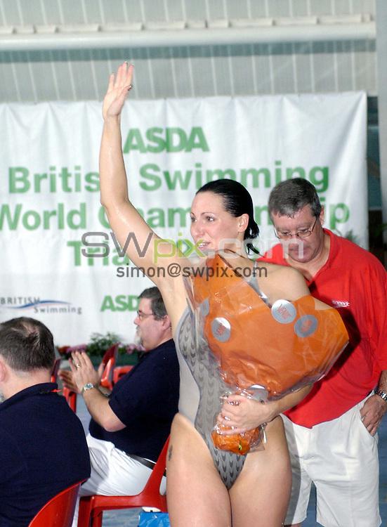 Pix: Chris Whiteoak/SWpix.com. Swimming, British Swimming World Championships 2005, Manchester. 17/03/2005...COPYRIGHT PICTURE>>SIMON WILKINSON>>01943 608782>>..Sarah Price waves to her fans, Asda Branding