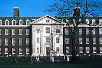 Sir Christopher Wren: Royal Hospital Chelsea. Southern Wing elevation. Photo '79.