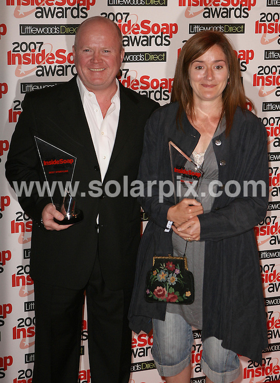 **ALL ROUND PICTURES FROM SOLARPIX.COM**.**WORLDWIDE SYNDICATION RIGHTS**.The Inside Soap Awards, London, 24th September 2007..This pic: Steve McFadden and Sophie Thompson..JOB REF: 4822 SSD     DATE: 24_09_2007.**MUST CREDIT SOLARPIX.COM OR DOUBLE FEE WILL BE CHARGED* *UNDER NO CIRCUMSTANCES IS THIS IMAGE TO BE REPRODUCED FOR ANY ONLINE EDITION WITHOUT PRIOR PERMISSION*