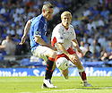 30/05/2009  Copyright  Pic : James Stewart.sct_jspa_41_rangers_v_falkirk.DAVID WEIR GETS AWAY FROM SCOTT ARFIELD.James Stewart Photography 19 Carronlea Drive, Falkirk. FK2 8DN      Vat Reg No. 607 6932 25.Telephone      : +44 (0)1324 570291 .Mobile              : +44 (0)7721 416997.E-mail  :  jim@jspa.co.uk.If you require further information then contact Jim Stewart on any of the numbers above.........