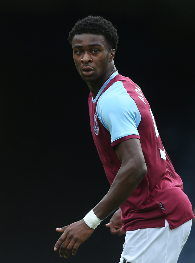 West Ham United's Sean Adarkwa<br /> <br /> Photographer Rob Newell/CameraSport<br /> <br /> EFL Trophy Southern Section Group A - Southend United v West Ham United U21 - Tuesday 8th September 2020 - Roots Hall - Southend-on-Sea<br />  <br /> World Copyright © 2020 CameraSport. All rights reserved. 43 Linden Ave. Countesthorpe. Leicester. England. LE8 5PG - Tel: +44 (0) 116 277 4147 - admin@camerasport.com - www.camerasport.com