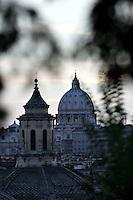 Roma 22/8/2004 <br /> San Peitro visto dal Pincio. Foto Andrea Staccioli Insidefoto