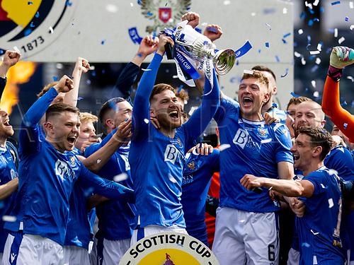 22nd May 2021; Hampden Park, Glasgow, Scotland; Scottish Cup Football Final, St Johnstone versus Hibernian St Johnstone players lift the Scottish cup  after winning the final by the score of 1-0