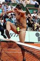 20030608, Paris, Tennis, Roland Garros, de streaker