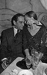 VITTORIO GASSMAN CON LA MOGLIE DILETTA D'ANDREA - MARINA 84 CLUB ROMA 1984