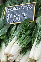 Europe/France/Provence-Alpes-Côte d'Azur/06/Alpes-Maritimes/Nice: Blettes    sur le marché du Cours Saleya